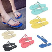 2016 Bling Bling T forma plana Rubber Sandal Flip Flops Chinelos Sapatos de 7 cores Chinelo de Praia Sandálias para as Mulheres D781L