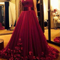 Wholesale Burgundy Hot Prom Dresses With handmade Flowers Sweetheart Sweep Tarin Tulle Pleats A line Formal Evening Gowns Custom made