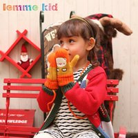 Wholesale 2015 Autumn and Winter New Warm and Fashion Children Outdoor Sports Gloves Korean Cartoon Knitting Gloves for