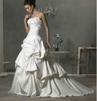 Wholesale White wedding dresses strapless lace chiffon dress beads decals layered floor length wedding dress M19