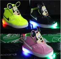 baby athletic - 2016 Fashion Boys Girls Sneakers Kids Led Lighting Shoes Child Casual Athletic Shoes Baby Luminous Flat Shoes Cartoon Mickey Mouse Shoes