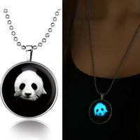 Bijoux de panda Prix-Mode nouvel éclat dans les bijoux sombre Glowing Panda géant Pendentif en acier inoxydable chaîne collier collier cabochon de verre en forme de dôme