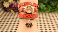Hotsale vestido de las mujeres Relojes de pulsera de múltiples capas de cuero Relojes Pulsera con Corazón Colgante Charm Bracelet 10 colores DM
