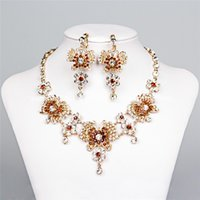 arabic necklaces - Cheap Bridal Jewelry Sets Rhinestones Crystal Statement Butterfly Necklaces and Stud Chandelier Earrings Arabic Gold Victorian Accessories