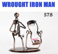 art and music - Creative Ornaments WROUGHT IRON MAN Hand Made Arts And Crafts Home Office Desk Decoration Vivid Iron Arts Music Performer