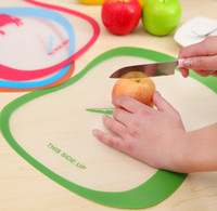 Wholesale Home Furnishing large matte PP classification of fruit cutting board transparent antibacterial antiskid chopping board