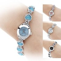 Wholesale Fashion Women s Crystal Heart Style Alloy Quartz Analog China Cheap Bracelet Watch