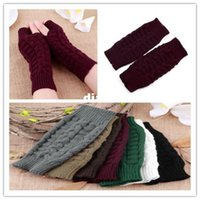 Wholesale Fashion Hot Unisex Men Women Knitted Fingerless Winter Gloves Soft Warm Mitten