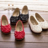 beaded moccasins - New spring and autumn PU Baby Girl s Lovely flower beaded leather princess flats Moccasins shoes for party wedding