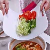 Wholesale Kitchen wear soft bendable antibacterial cutting board fruit classified chopping boards can be hung g