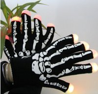 cheer gifts - LED Gloves Lighting Flashing Skull Rave Glove Light Finger Christmas Party Gift cheer for bar concert