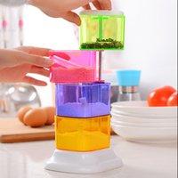 Wholesale Free Delivery degree rotating creative seasoning box kitchen storage salt salt peper shaker plastic x