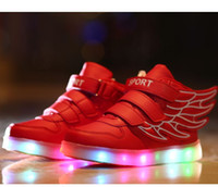 Wholesale Retail Children Shoes Baby Shoes Kids Sneakers Baby Boys Girls Wings Stylish LED Light Luminous Child Sports Athletic Shoes DB