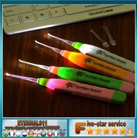 Wholesale Latest hot Safety light earwax spoon leds Ear spoon Ear care necessary tools Safety fast easily