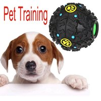 automatic feed - 3 Size New Squeaky Feeding Food Ball Pet Dog Voice Sound Ball Toy Pets Training Tool Funny Products H13286