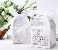 Wholesale 5 cm Wedding Favor small Boxes Floral Theme Laser Cut Favor Box With Bowknot
