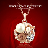 Women's beautiful love roses - Beautiful Rose Gold Plated Rhinestone Artificial Pearl Rose Nets Flower Elements Lady Pendant Necklace