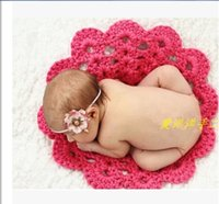 Wholesale New Handmade wool knitting red balls blanket for Newborn baby photography prop