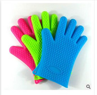 baked oven gloves - Silicone Kitchen Cooking Gloves Microwave Oven Non slip Mitt Heat Resistant Silicone Home Gloves Cooking Baking BBQ gloves Holder