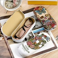 Cheap Vintage Cool Flower Skull series Eyewear Cases with cloth novelty metal eye glasses case sunglass box  Fashion gift retail