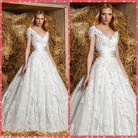 Wholesale Embroidery Lace V Neck Cap Short Sleeve Bodice A Line Wedding Dresses Tulle Appliques Chapel Train Bridal Gowns Zuhair Murad Design