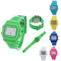 Wholesale New Fashion Boy Girl kids watches Digital watch Electronic LCD Round Rubber Sport Wrist Watch