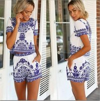 Wholesale 2015 Limited Women Piece Shorts And Crop Top Set Blue White Porcelain Printed O neck T shirt Casual Beach Twinset Sports Outfits Suits
