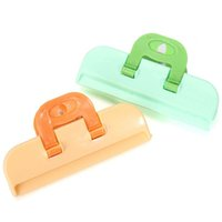 Wholesale 2PCS Portable ABS Practical Home Food Sealing Clamp Clip Convenient Powder Food Package Storage Bag Clip