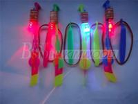 al por mayor slingshots-La novedad Juguetes para niños que sorprende el helicóptero de la flecha del vuelo de la fiesta de cumpleaños de la catapulta divertida Deportes Suministros de regalo para niños