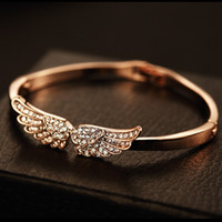 Wholesale Trenndy Alloy Gold Plated Cubic Zirconia Shinning Angel Wings Charm Bracelet Diamante Bangles For Women Fine Jewelry Accessoires