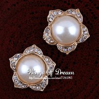 Wholesale MM Gold NEWBORN Artificial Alloy Cute Flatback Flower Rhinestone Buttons Pearl For Widding Embellishment