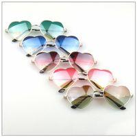 retro style sunglasses - 2015 Hot sales High quality Fashion American Retro Style sunglasses Funny Metal heart shaped Sunglasses colors for choice fashion eyewear