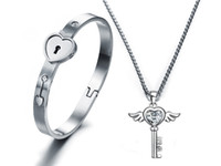 Wholesale A Couple Lover Jewelry set Silver stainless steel lover heart lock Bracelet key Necklace lock lover Jewelry Set For Valentines