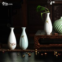 Wholesale Auspicious new Chinese style house of jingdezhen ceramic floret bottle hand painted porcelain craft flower arranging creative