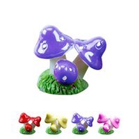 Wholesale Colorful little mushroom in one resin crafts colors design for garden decor pot culture decoration