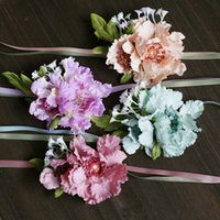 Wholesale New Arrival Purple Pink Blue Wrist Flower Bridal Wedding Bouquet Petals Gypsophila Scabiosa Atropurpur Bridesmaids Bridal Wrist Corsage