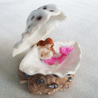 Wholesale Fish tank aquarium landscaping and decorative rockery resin shell ornaments Mermaid