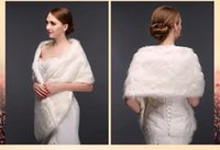 Wholesale White Sleeveless Wraps Fur Sexy Women Shawl Bride Jacket Coat Bridal Accessories Artificial Wool Warps Faux Fur Shrug Made in China WW