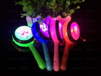 Wholesale New luminous flash drum rattle shook his children gift flash stall selling toys supply