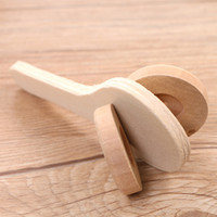 Wholesale Top quality Wooden castanets can draw beautiful patterns on their own creative DIY cultivate children s artistic