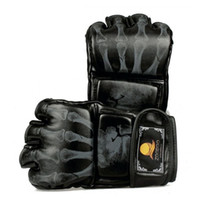 Wholesale 1 Pairs sport Pu Leather Muay Thai Boxing Gloves Half finger MMA MittsTwins Boxing Gloves Fast Shipping