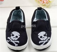 baby girl skull and crossbones - BX197 Gift Crossbones Skull heads raw and bloody Footwear Casual Newborn Baby First Walker Shoe Toddler Baby Boy Girl Infant month