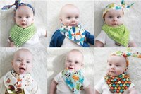 Wholesale Babies Adjustable Burp Cloths Baby Bandana Scarf Feeding Clear Triangle Cotton Kids Head Scarf Infant Bibs