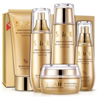 Wholesale snail luxury Five piece gift box fresh oil control shrink pores Moisturizing genuine face care skin care