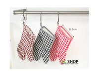 Wholesale cotton Brown and White Plaid Simple Beautiful Kitchen Oven Mitts Oven Gloves