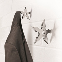 Wholesale Original Spinning Metal Ninja Star Coat Hook Alloy Ninja Throwing Death Star Shaped Hats Scarves Hook Home Decoration Rack darts Hanger