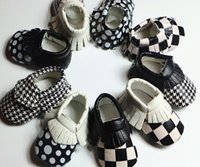 Wholesale 2016 Baby soft sole leather first shoes new baby walker color matching fringe single shoes