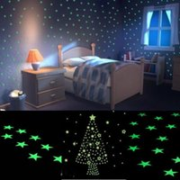 Wholesale New Home Wall Glow In The Dark Light Green Star Stickers Decal Baby Kids Gift Nursery Room D Sticker Free Shiping