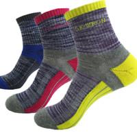 badminton field - Unisex Hosiery outdoor socks men s thick hiking camping socks Field socks sports wear deodorant stockings D342L