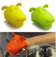 Wholesale 151204 new arrival Safety Glove Dog Doggie Pliable Silicone Pot Holder Silicone Glove Oven Mitt Hot Sale on sale